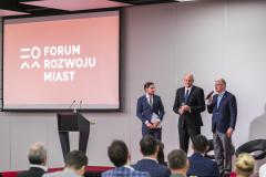 2018-volkswagen-forumrozwojumiast-1dzien-48